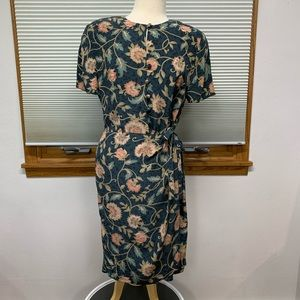 Adrianna Papell Vintage 100% silk floral dress